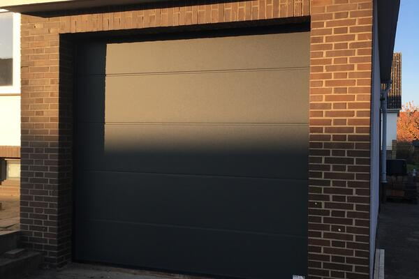ConDoor Garagen-Sektionaltor ISO40 2510 x 2400 mm Design-Line Granite