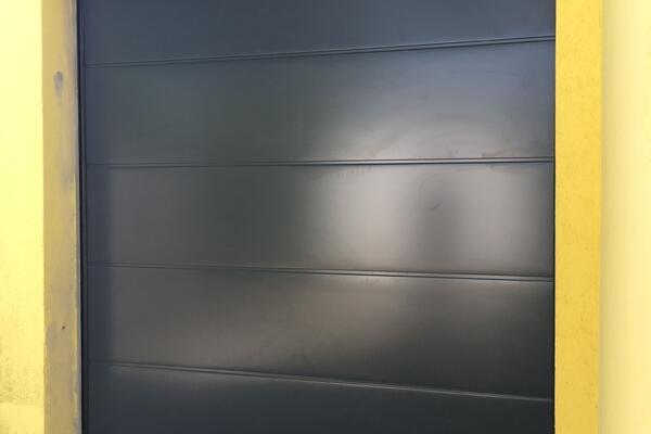 2320 x 2500 mm, RAL 7016 anthrazitgrau, ohne Sicke glatt